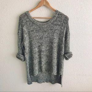 Jones New York Olive Cable Knit Crew Neck Sweater